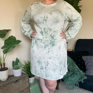 NWT tie dye mini dress, long sleeve, 2x,